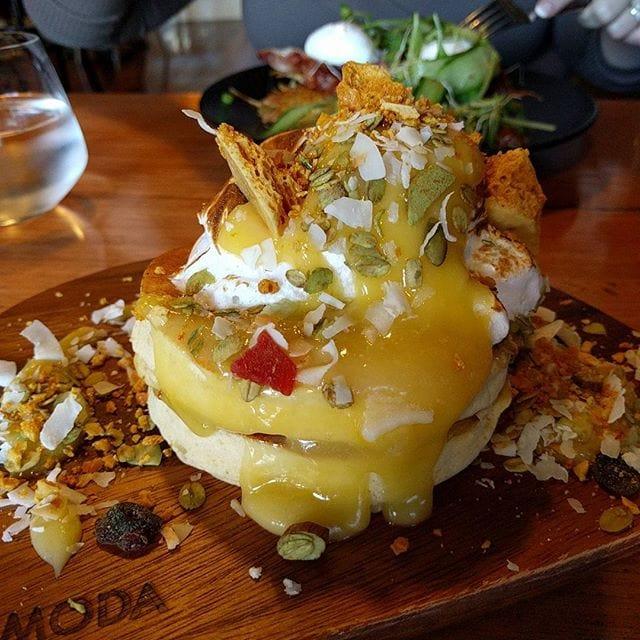Delicious lemon meringue pancakes at Padbury's, Guildford #perth #perthfood #perthfoodblogger #perthfoodblog #food #foodblogger #foodblog #foodstagram #yelpperth #foodie #perthisok #pertheats #urbanlistperth #tasteperth #breakfast #breakfastinperth #perthbreakfast #fcba #atasteofperth #perthfoodie #ozeatingwa #soperth #broadsheetperth #morsels