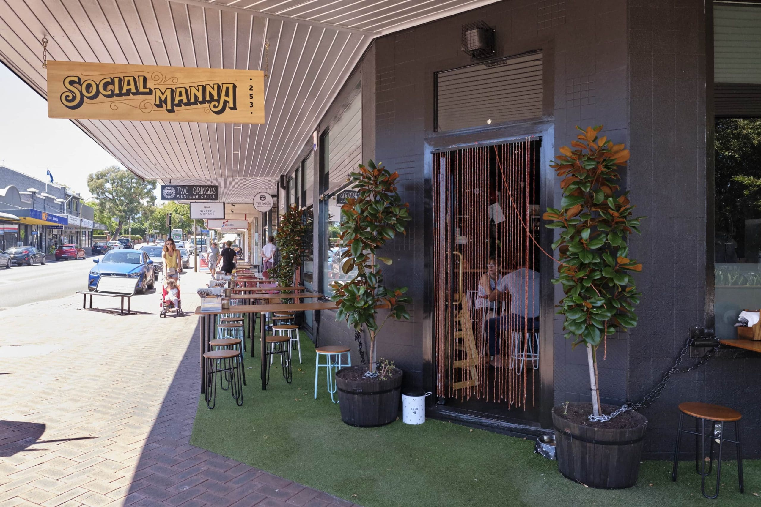 Social Manna Opens in Victoria Park