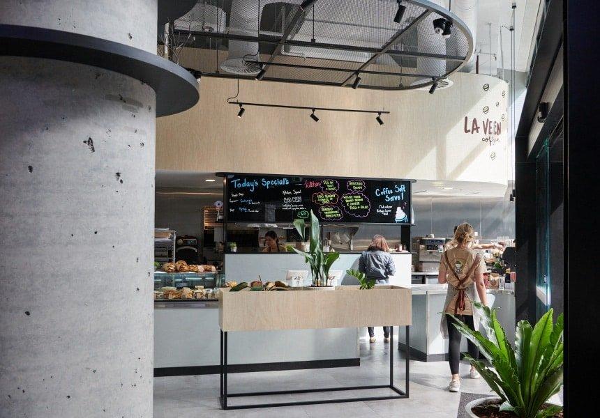 La Veen HQ Opens in Raine Square